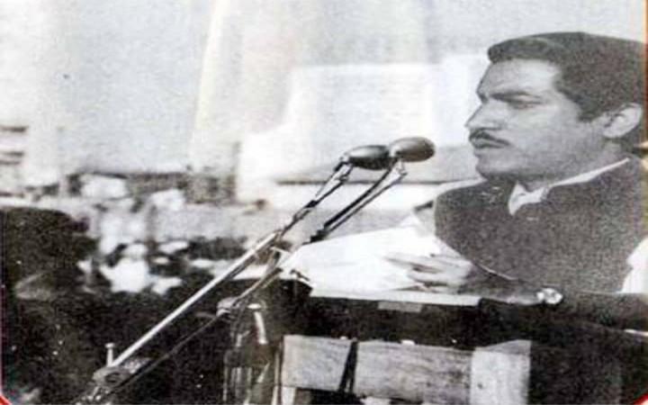 ৩ মার্চ স্বাধীনতার ইশতেহার পাঠ করেন টাঙ্গাইলের শাজাহান সিরাজ