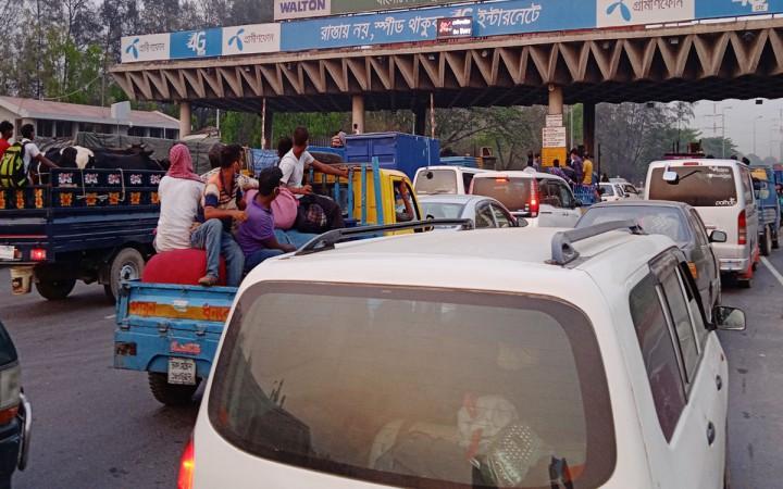 ২৪ ঘণ্টায় বঙ্গবন্ধু সেতুতে টোল আদায় সোয়া কোটি টাকা
