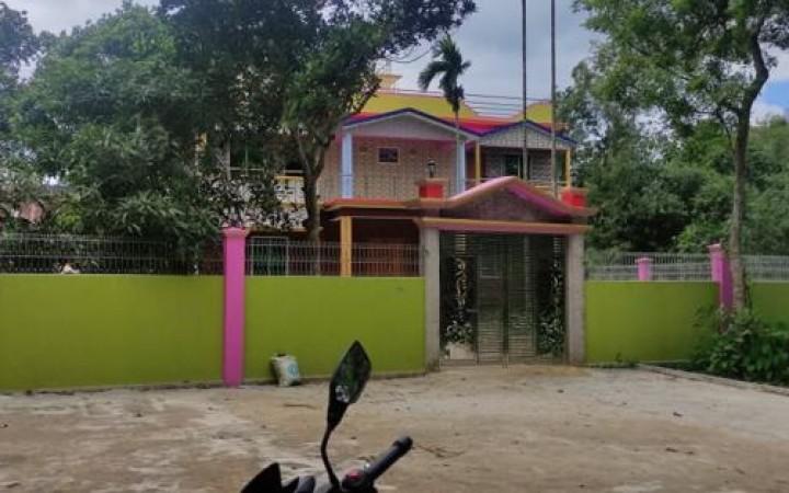 কালিহাতীতে বিয়ের দাবিতে স্কুলছাত্রীর অনশন, সমঝোতার সাড়ে ৪ লাখ টাকা মাতাব্বরদের পকেটে