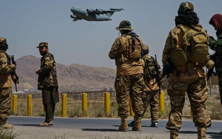 আফগানিস্তান ছেড়েছে দখলদার যুক্তরাষ্ট্রের সর্বশেষ সামরিক বিমান